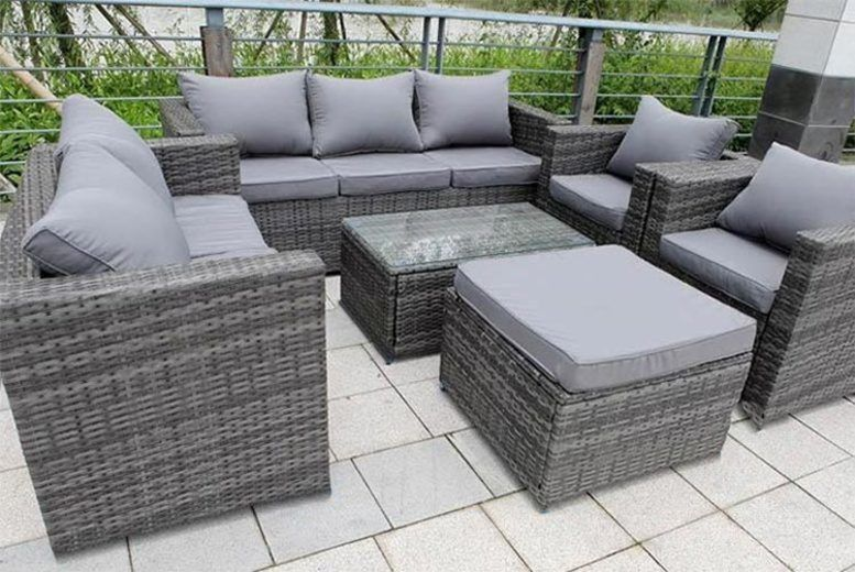 8-Seater Rattan Garden Furniture Set & Table - 3 Colours!