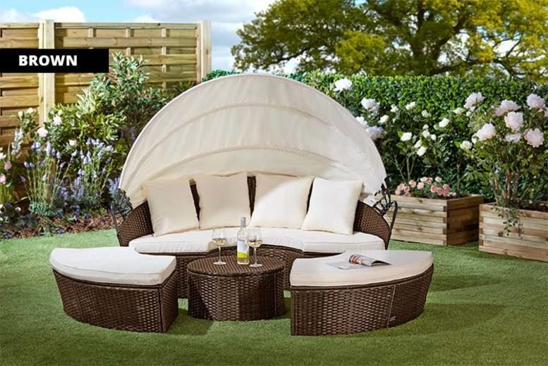 Rattan Day Bed with Table & Optional Cover – 3 Colours & 3 Sizes! (£299)
