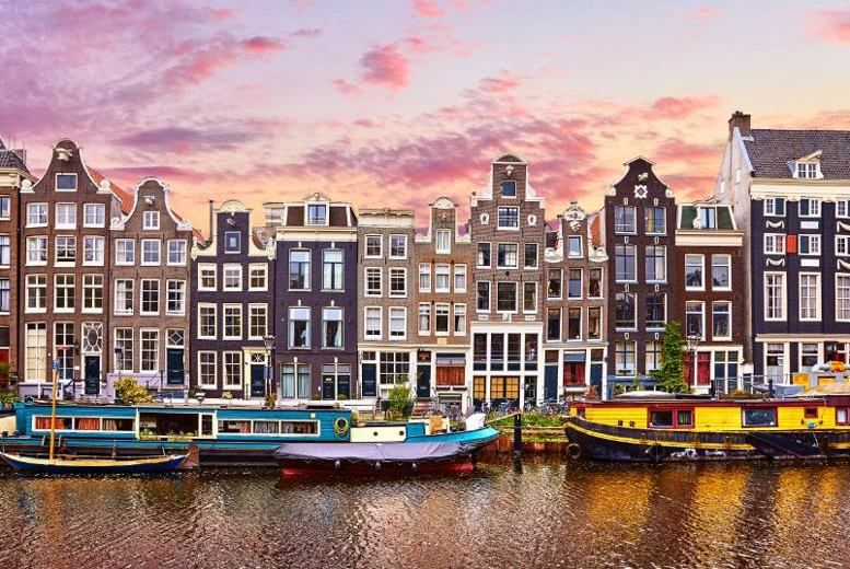 Find the right flight for you from Belfast - International to Amsterdam - Schiphol