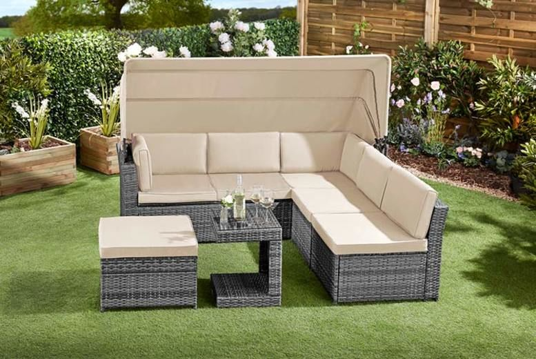 Luxury Rattan Daybed with Canopy, Table & Optional Cover- 2 Colours (£499)