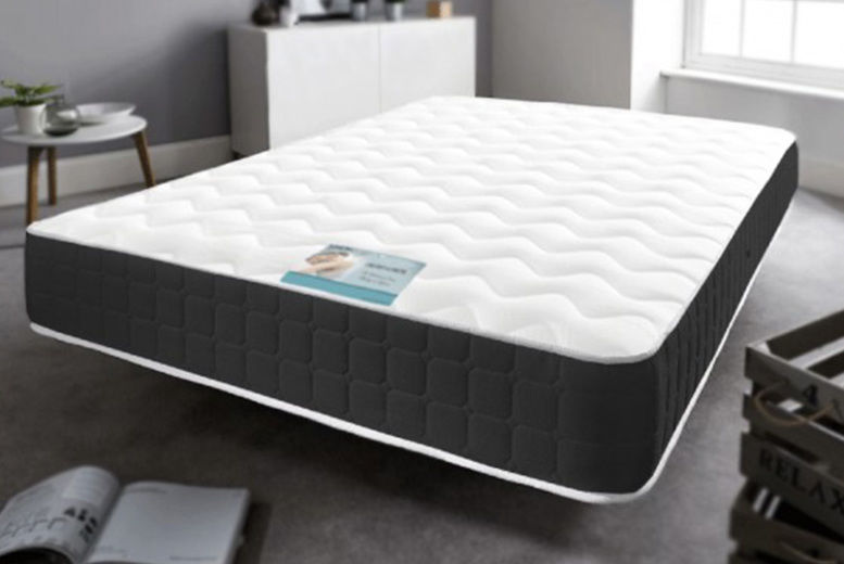 7″ or 10″ Black Border Memory Foam Sprung Mattress – 6 Sizes (from £34)