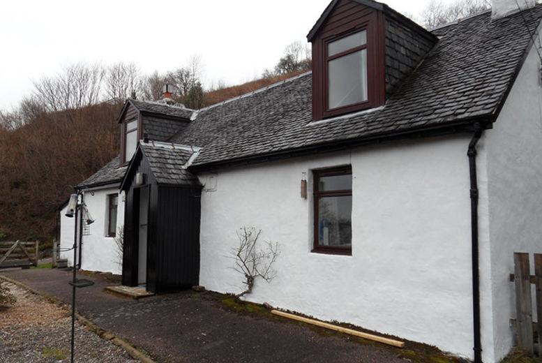 Stupendous Cottages Spas Country House Deals In Escapes Livingsocial Home Interior And Landscaping Palasignezvosmurscom