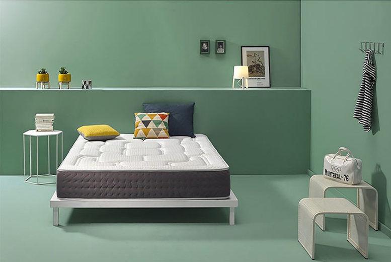 Visco Royal Premium Mattress - 4 Sizes!