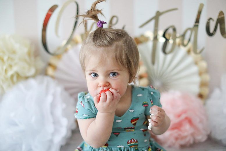 Baby Cake Smash Photoshoot Voucher - Manchester