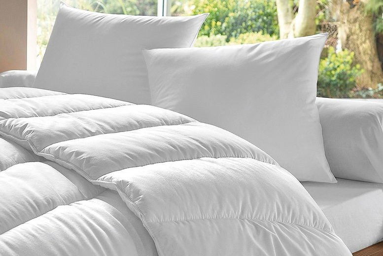Omeco-Limited-13.5-Tog-Duvet-and-4-Pillow-Set