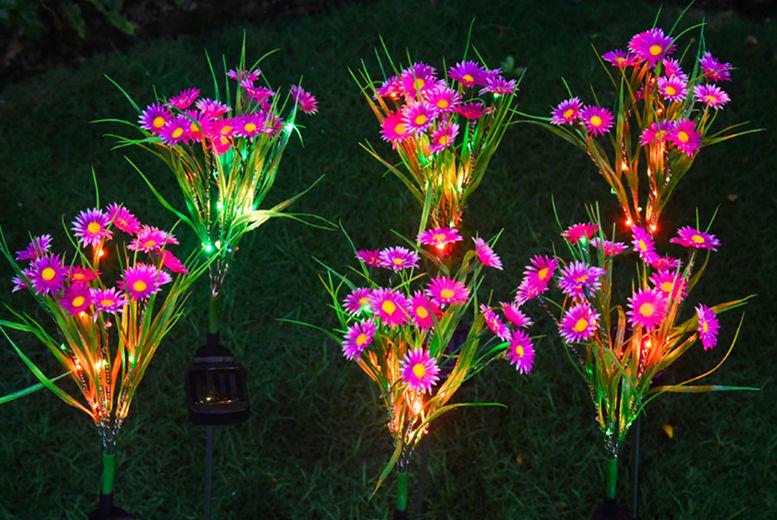 Forefront-Trading---Solar-Garden-Flower-Bouqets1