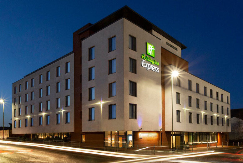 Holiday Inn Express Cheltenham - Exterior