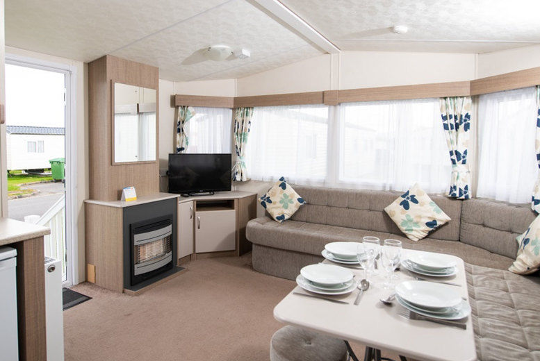 Marine Holiday Park - Gold Living Area