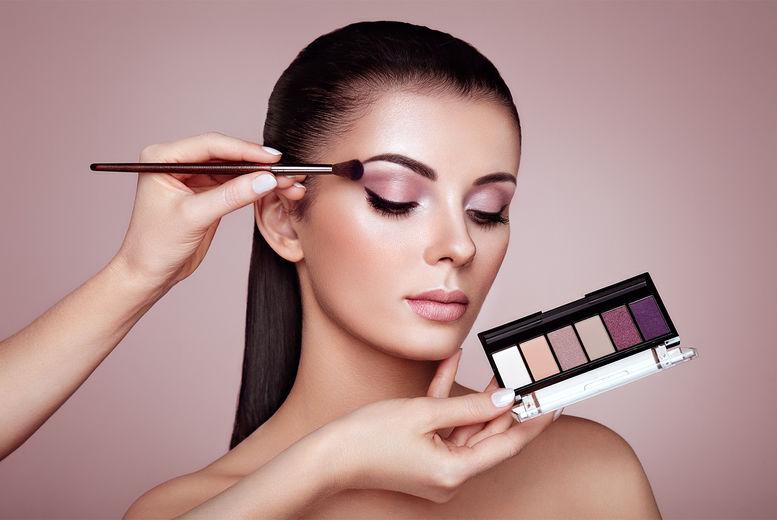 Makeup Masterclass Prosecco Voucher