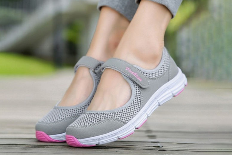Womens Breathable Sneakers Sport Trainers 1