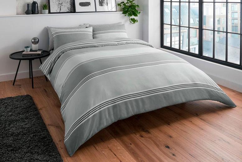 Sadaqat-Global-Limited---Banded-Grey-Bedding-Sets1