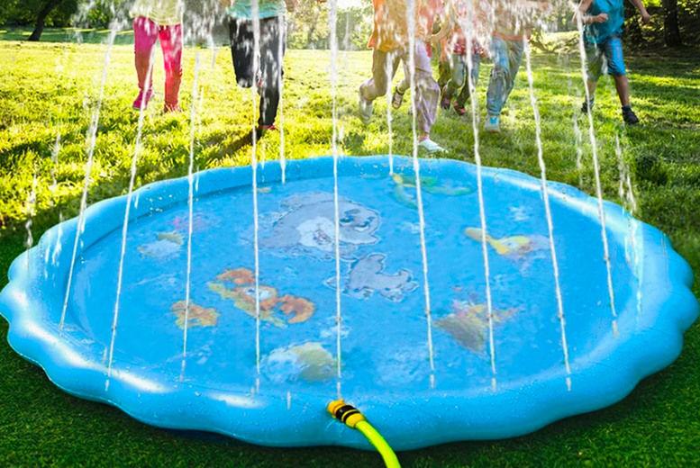 Outdoor-Inflatable-Sprinkler-Pool-1