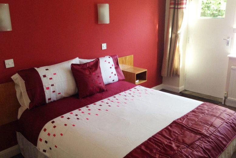 Ye Olde Red Lion - Bedroom