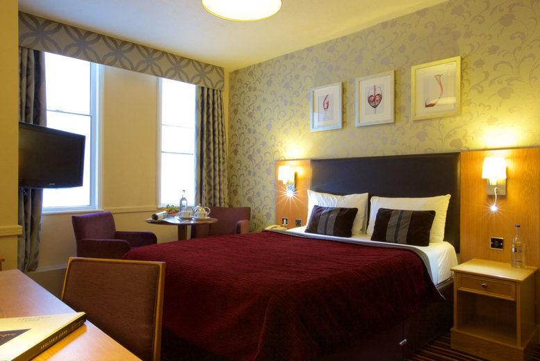 Carlisle Station Hotel - bedroom 2