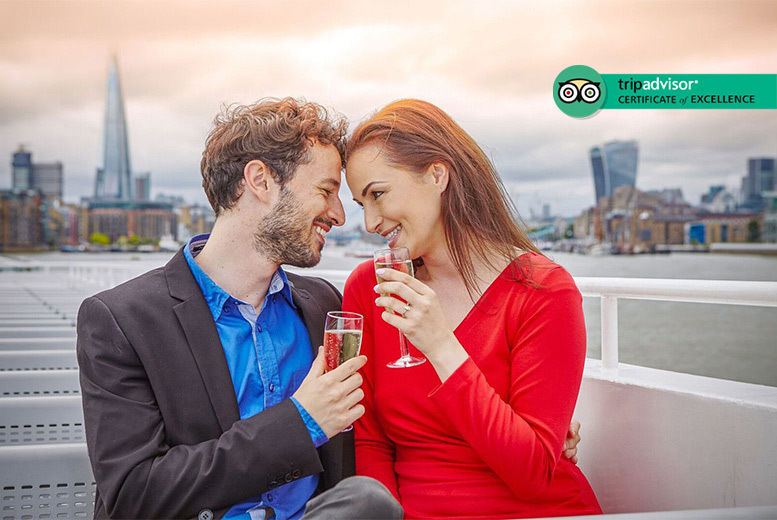 Thames Evening Cruise, Canapes & Bubbly For 2 Deal2