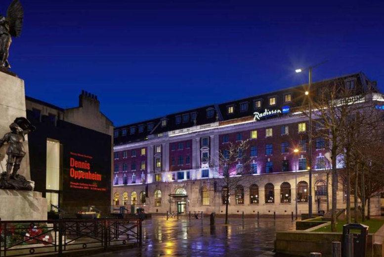 Radisson Blu Leeds City Centre Stay - Hotel Exterior