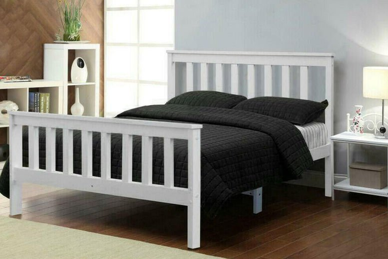 4ft-Double-Solid-White-Pinewood-Bed-Frame-with-Memory-Foam-Sprung-Mattress