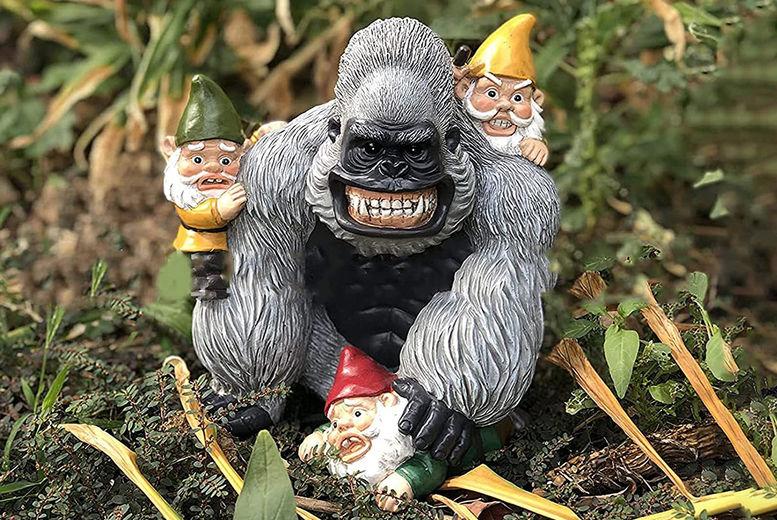 Gorilla-Chasing-Gnomes-1