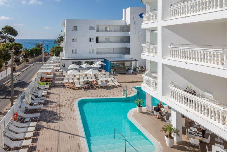 Hotel Triton Beach - pool view