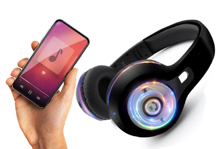 AQUARIUS-ACCESSORIES-Bluetooth-folding-headphones-with-flashing-light-1