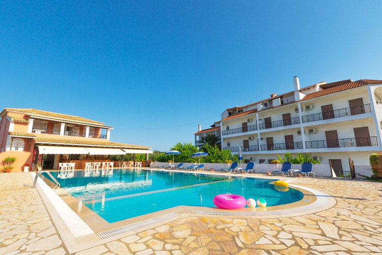 Hotel Bruskos - Outdoor Pool