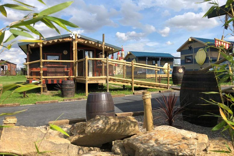 Pirate Lodge, Gulliver's Valley - Exterior