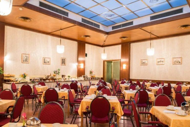 Hotel Mozart - Dining Hall
