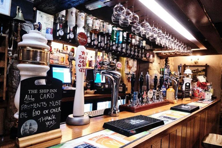 The Ship Inn - Bar