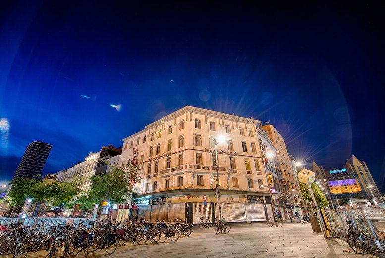 Leonardo Hotel Antwerpen - Evening Exterior