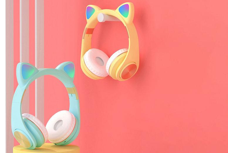 Wireless-LED-Cat-Ear-Headphones-8