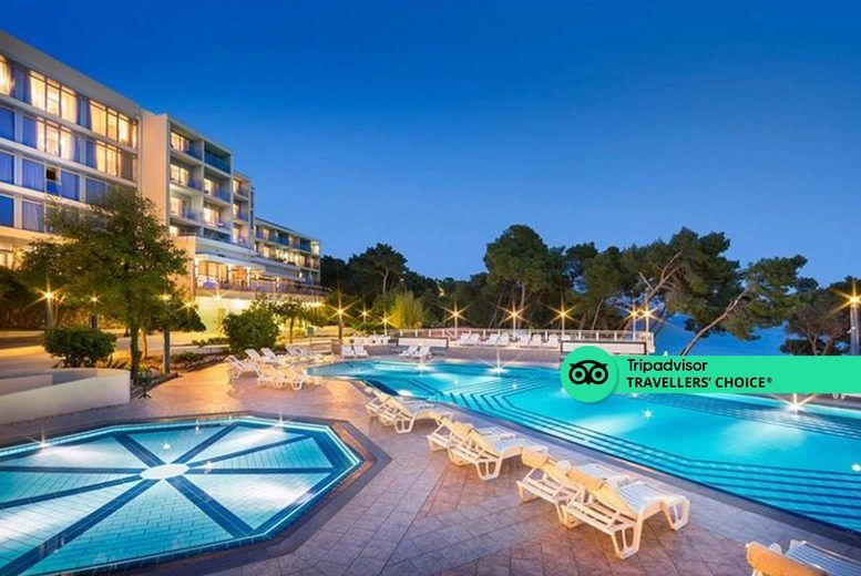 Aminess Grand Azur Hotel - Evening Pool View