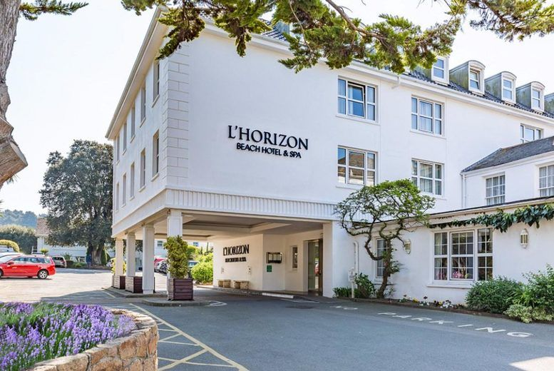 L'horizon Beach Hotel & Spa - Entrance