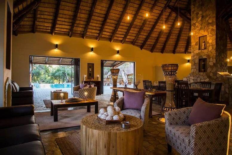 Vuyani River Lodge-Lounge