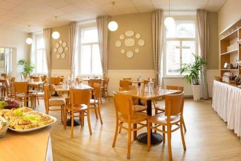 Metropolitan Old Town Hotel - Restaurant