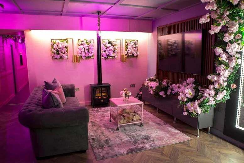 Orchid Suite-Lounge