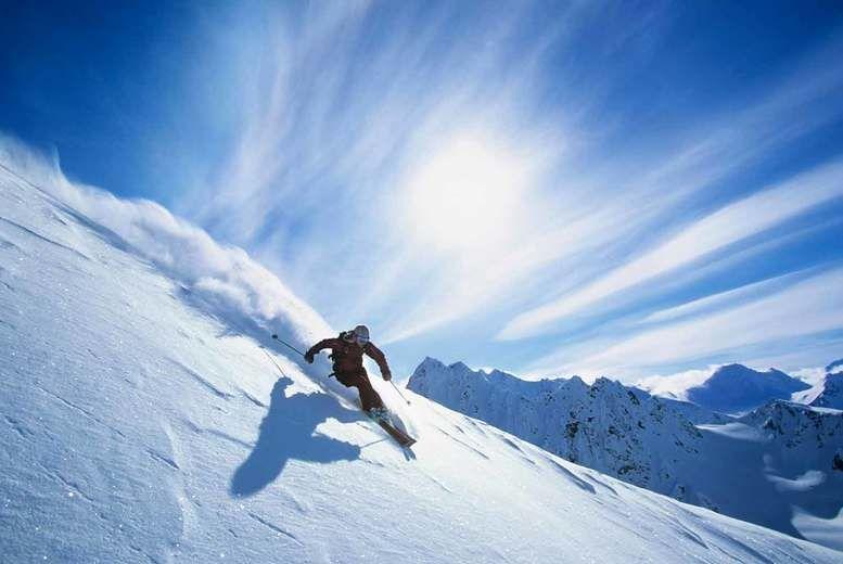 Mountains-Skiing