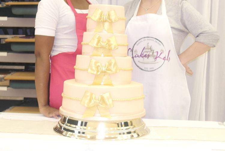 Luxury 4-Tier Wedding Cake | London | Wowcher