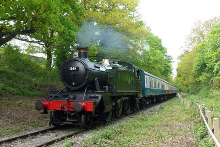 Steam train journey from Buyagift ...