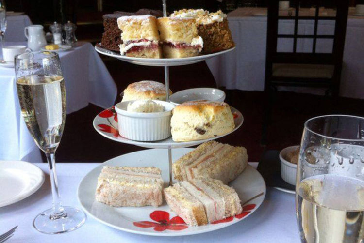 4 The Mere Afternoon Tea Manchester Wowcher
