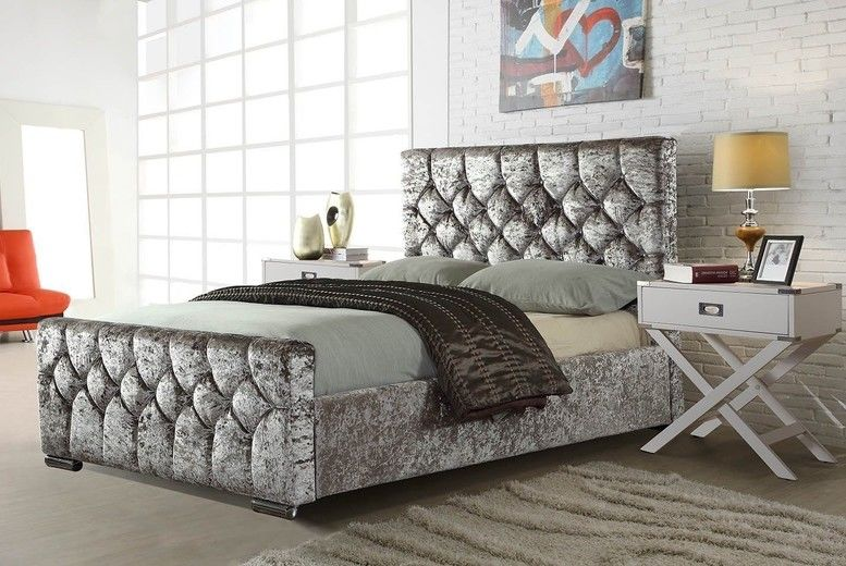 Chesterfield Diamond Bedstead – 3 Colours & 8 Options! (from £169.99)